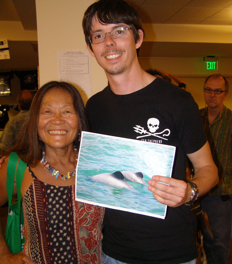 Peter Hammarstedt (Sea Shepherd Conservation Society) & Peggy Oki